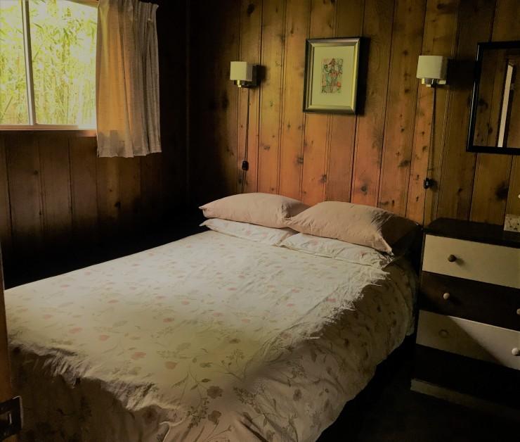 Cedarbedroom